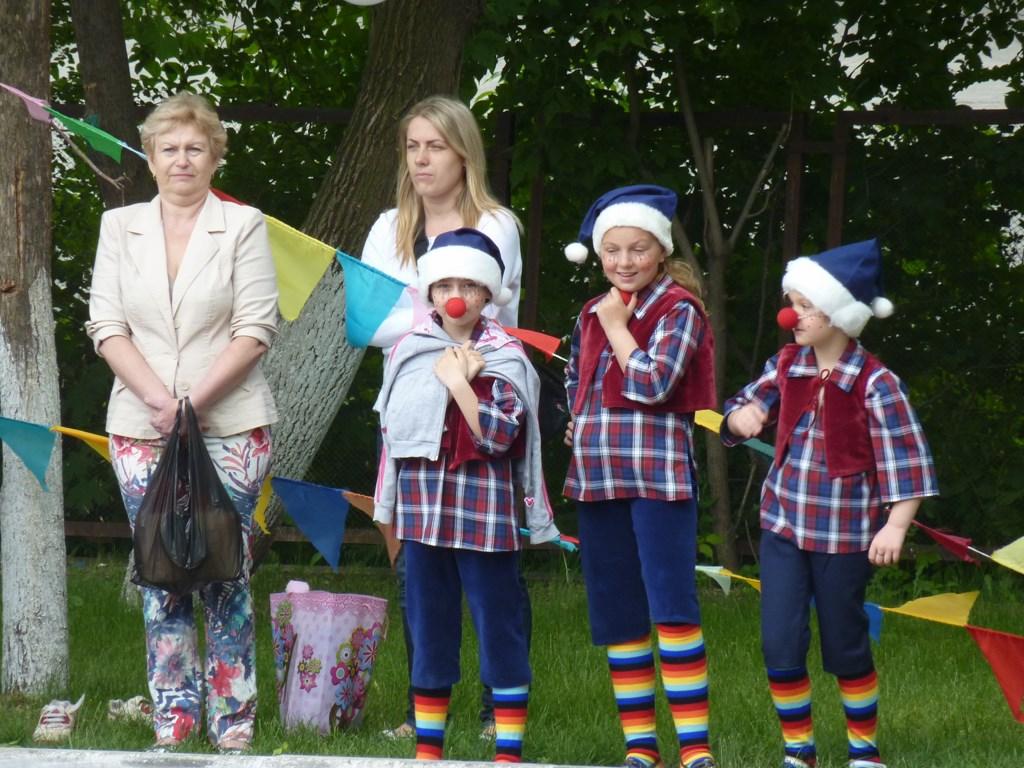Праздничный концерт в Загородном парке, посвященный Дню защиты детей 1 июня 2013 года2013=08